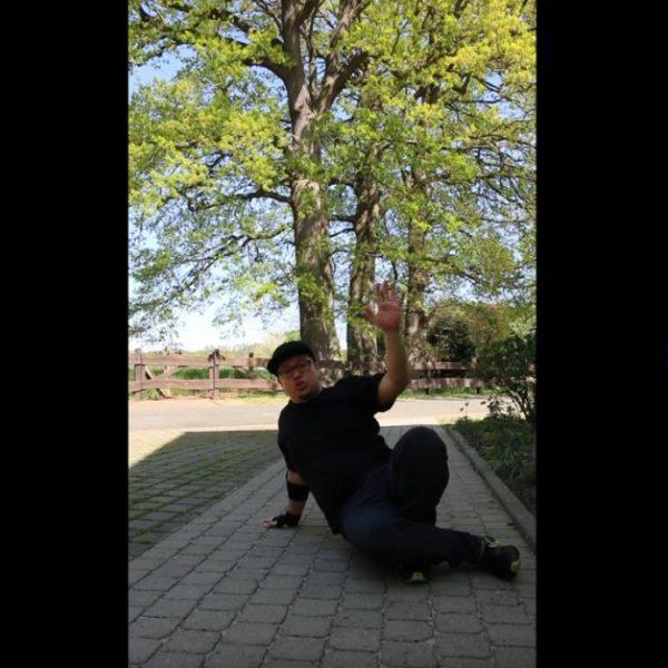 Breakdance mit Dennis Herb – Übungen für zu Hause Clip 4